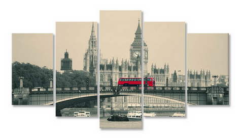 Autobuzul roșu pe podul din Londra